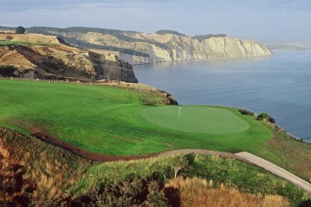 Hawkes-Bay-Images-Cape-Kidnappers-Golf-Course-1600x1067